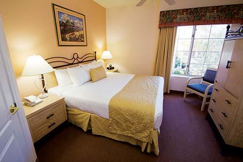 scottsdale villa mirage bedroom arizona spring training. Black Bedroom Furniture Sets. Home Design Ideas